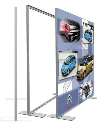 cadre en aluminium roll up banni res stands expo comptoirs pr sentoirs studio show cadre. Black Bedroom Furniture Sets. Home Design Ideas